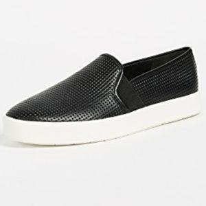 Vince- Slip on sneakers